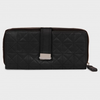 BAGGIT Quilted Zip Up Wallet