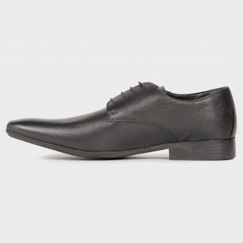 RED TAPE Classic Derbys