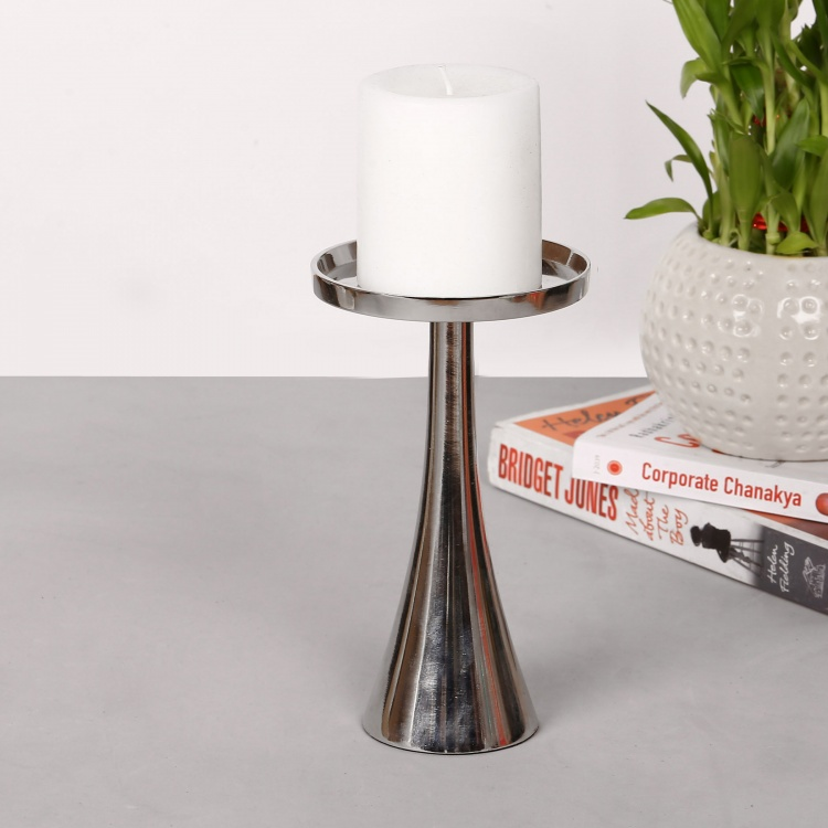 Splendid Curved Pillar Candle Holder