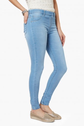 KRAUS Light Wash Belt Loop Jeggings