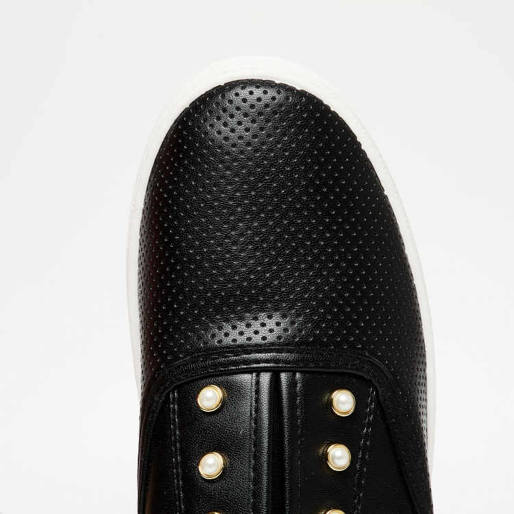 GINGER Perforated Beaded Casual Shoes