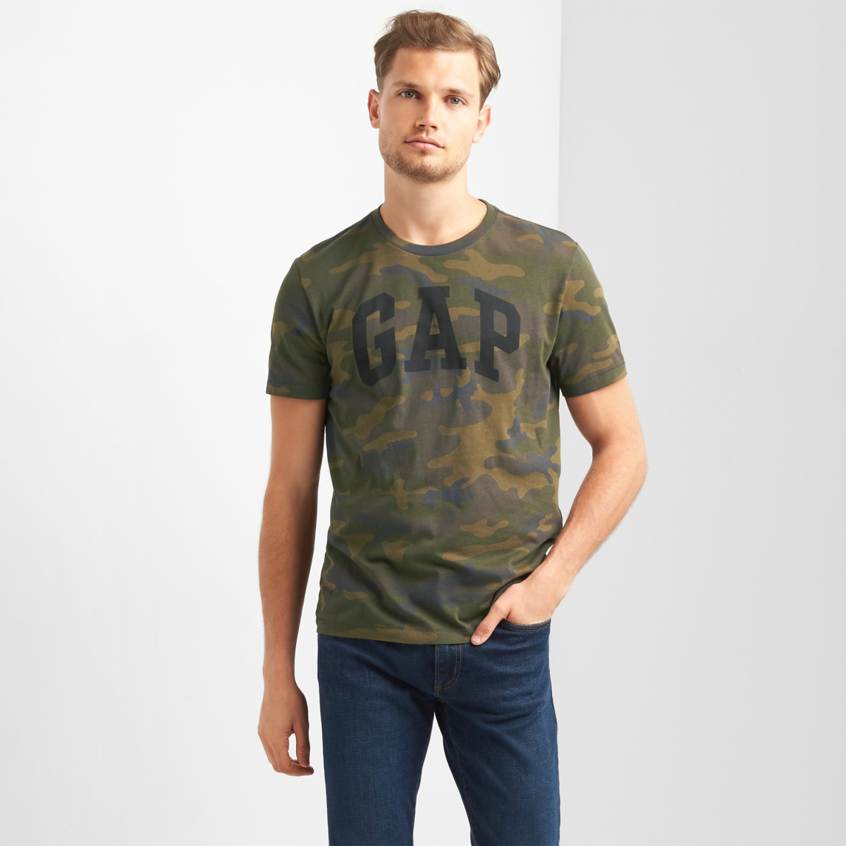 GAP Men Camouflage Print Regular Fit T-shirt