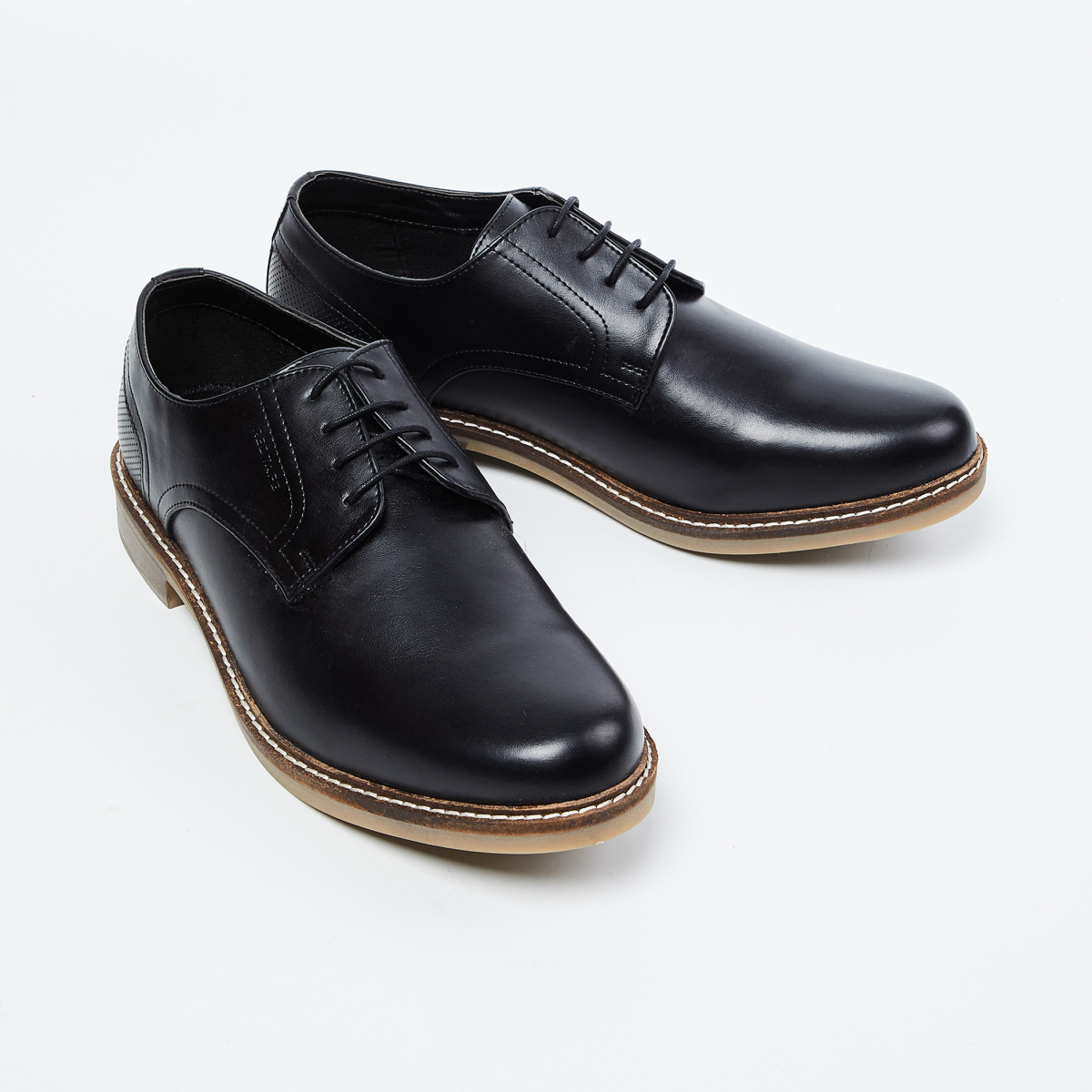 RED TAPE Solid Derby Shoes