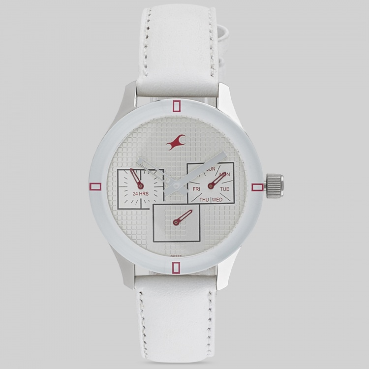 FASTRACK NE6078SL10 Women Analog Watch